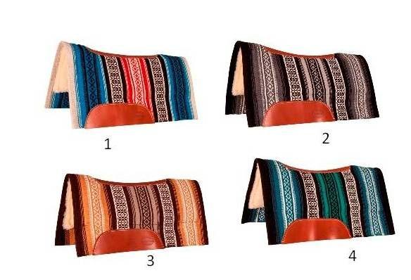 Mustang Tierra Contoured Fleece Pad